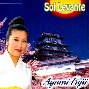 Ayumi Fujii 歌手頭像