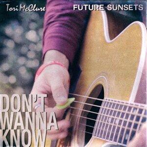 Future Sunsets, Tori McClure 歌手頭像