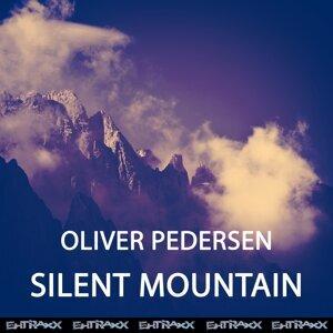 Oliver Pedersen 歌手頭像