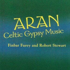 Finbar Furey, Robert Stewart 歌手頭像