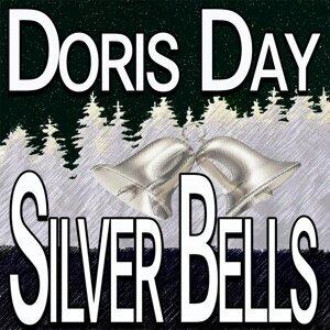 Doris Day (桃樂絲黛)