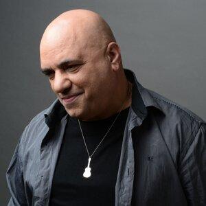 Danny Robas 歌手頭像