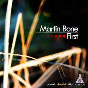Martin Bone 歌手頭像