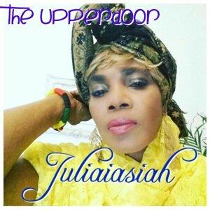 Juliaiasiah 歌手頭像