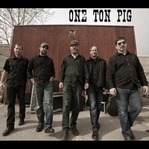 One Ton Pig 歌手頭像