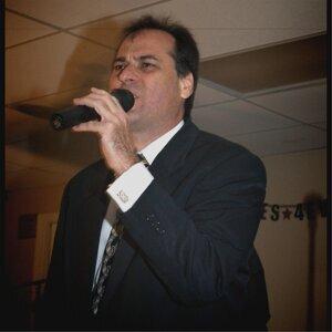 David R. Mohr 歌手頭像