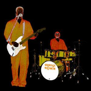 Orange Areola 歌手頭像