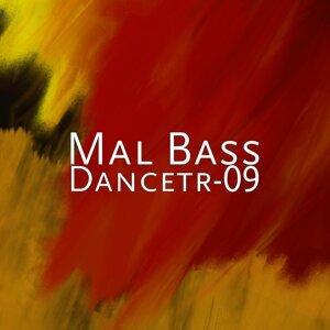 Mal Bass 歌手頭像