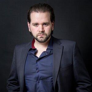 Jonathan Portela, Jln Esemble 歌手頭像