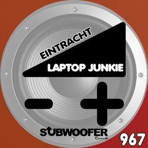 Laptop Junkie 歌手頭像