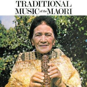 Mrs. Paeroa Wineera, Hannah Tatana, Ohinemutu Cultural Group 歌手頭像