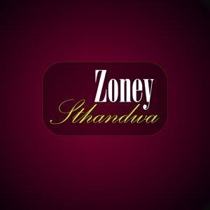 Zoney 歌手頭像