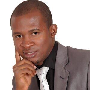 Pastor Charles Awuzie 歌手頭像