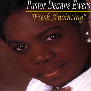 Pastor Deanne Ewers 歌手頭像