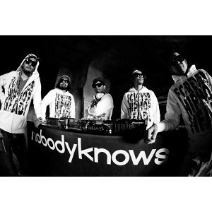 nobodyknows+