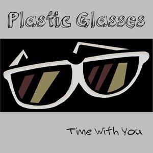 Plastic Glasses 歌手頭像