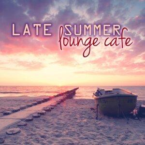 Beach House Club & Saint Tropez Radio Lounge Chillout Music Club & Café Chillout Music Club 歌手頭像