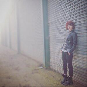 Ailie Blunnie 歌手頭像