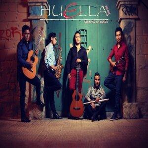 Huella Bolivia 歌手頭像
