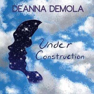 Deanna DeMola 歌手頭像