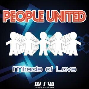 People united 歌手頭像