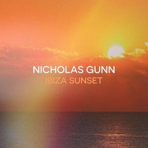 Nicholas Gunn (尼可拉斯坎恩) 歌手頭像