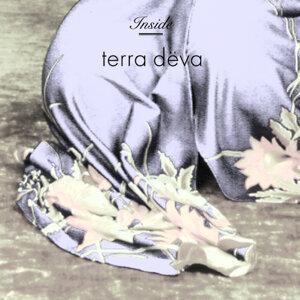 Terra Deva 歌手頭像