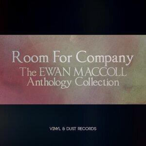 Ewan MacColl 歌手頭像