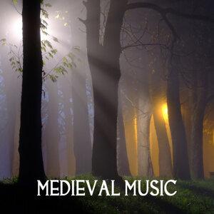 中世 音楽教室 歌手頭像