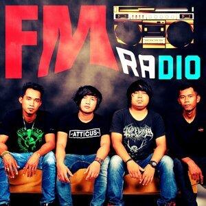 FM Radio 歌手頭像