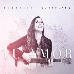 Gabriela Cartulano Artist photo