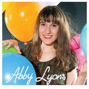 Abby Lyons Artist photo