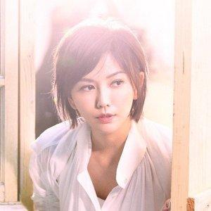 孫燕姿 (Yanzi Sun)