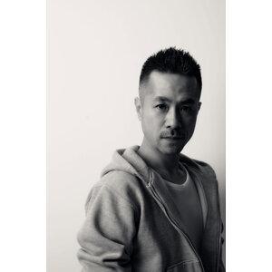 DJ YOSHII aka DJ Y? (DJ YOSHII aka DJ Y?) Artist photo
