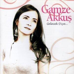 Gamze Akkuş Artist photo