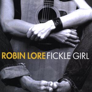 Robin Lore Artist photo