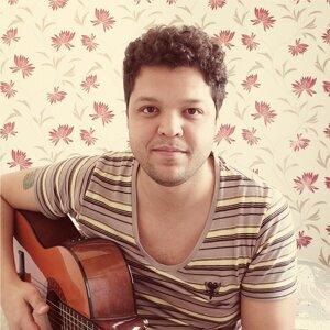 Ronaldo Bahia Artist photo