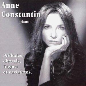 Anne Constantin Artist photo
