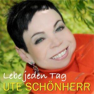 Ute Schönherr 歌手頭像