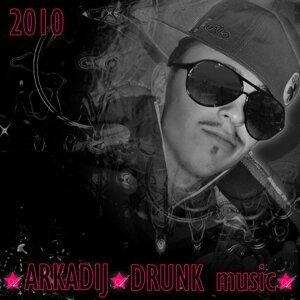 Arkadij 歌手頭像