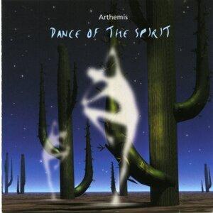 Arthemis (亞帝米斯樂團) 歌手頭像