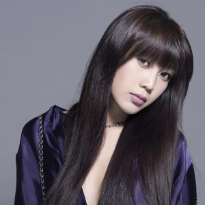 Lesley Chiang (姜麗文)