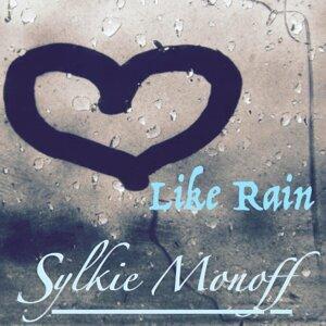 Sylkie Monoff 歌手頭像