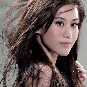 陳嘉唯 (Renee Chen)