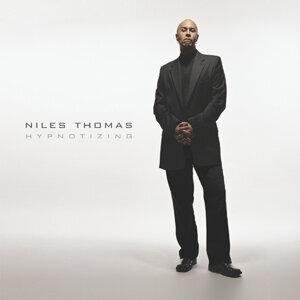 Niles Thomas 歌手頭像