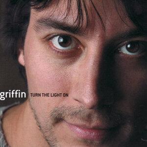 Griffin Vittone 歌手頭像