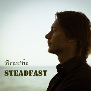 Steadfast 歌手頭像