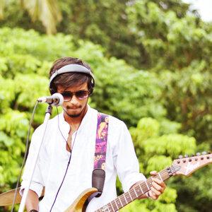 Rhythmic Raj Chatterjee 歌手頭像