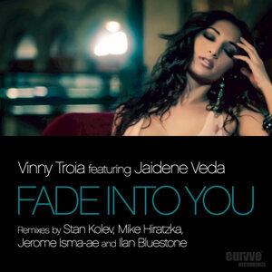 Vinny Troia feat. Jaidene Veda 歌手頭像