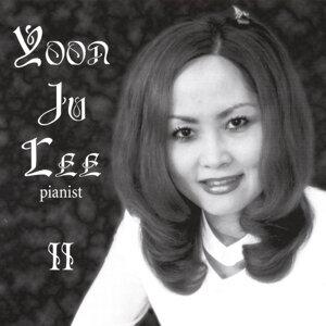 Yoon Ju Lee